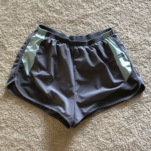 Suuuper comfy light gray athletic shorts